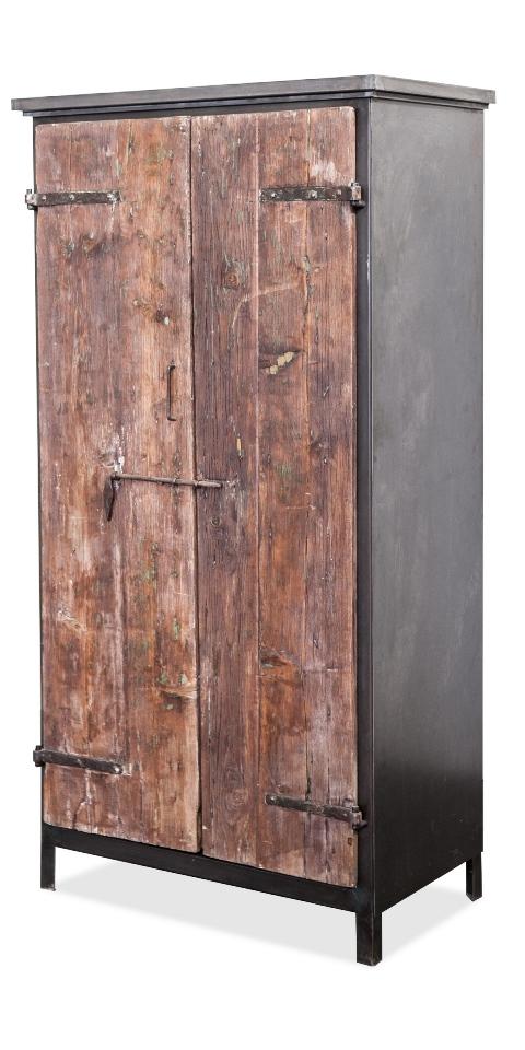 Stile archeologico - Mobili in ferro vintage ...